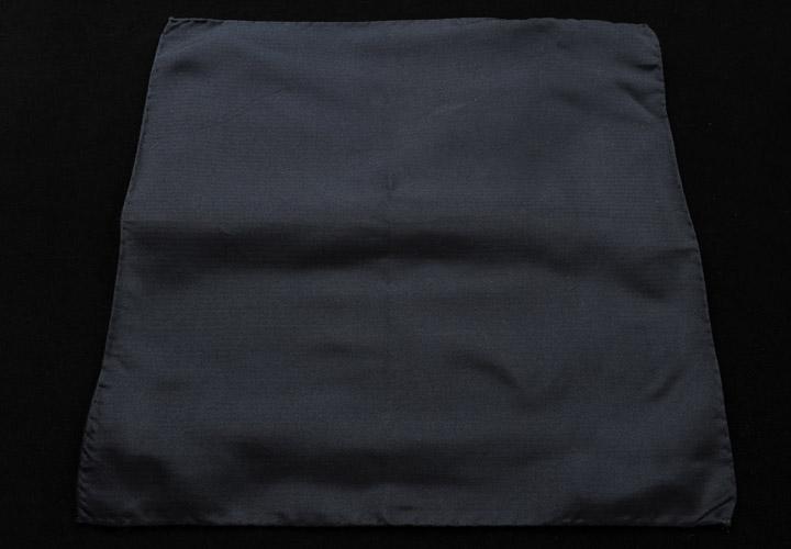 画像1: ジョルジオアルマーニ「黒ソリッド」ポケットチーフ (1)