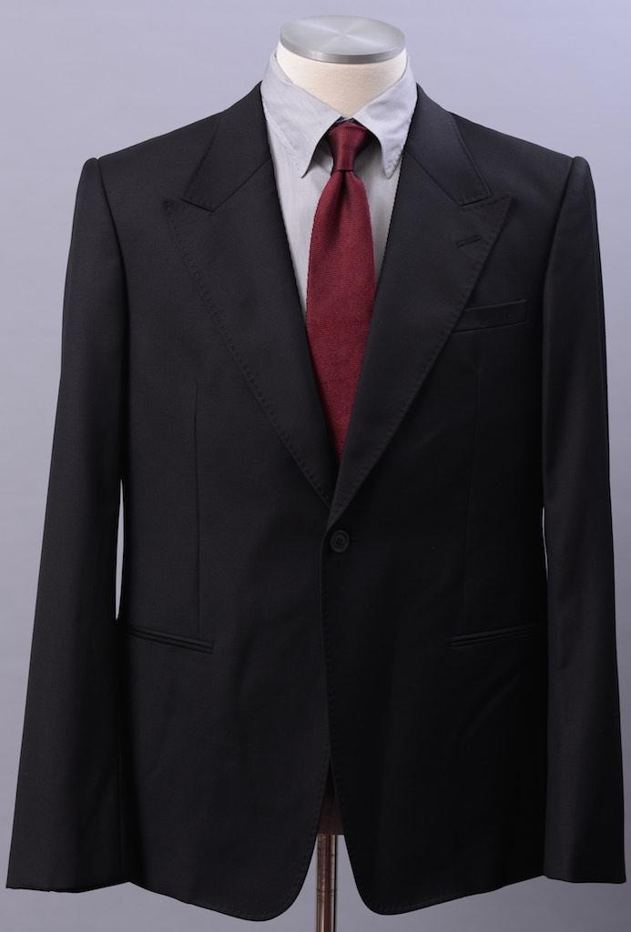 画像1: エンポリオアルマーニ「ROBERTモデル」黒スーツ(44)S/S (1)