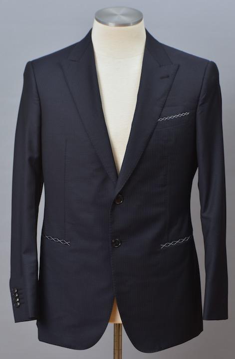 画像1: ジョルジオアルマーニ黒ラベル ウール製シWALL STREETシリーズ ングルブレストスーツ(50)S/S 【国内発送】 濃紺 シャドーストライプ (1)
