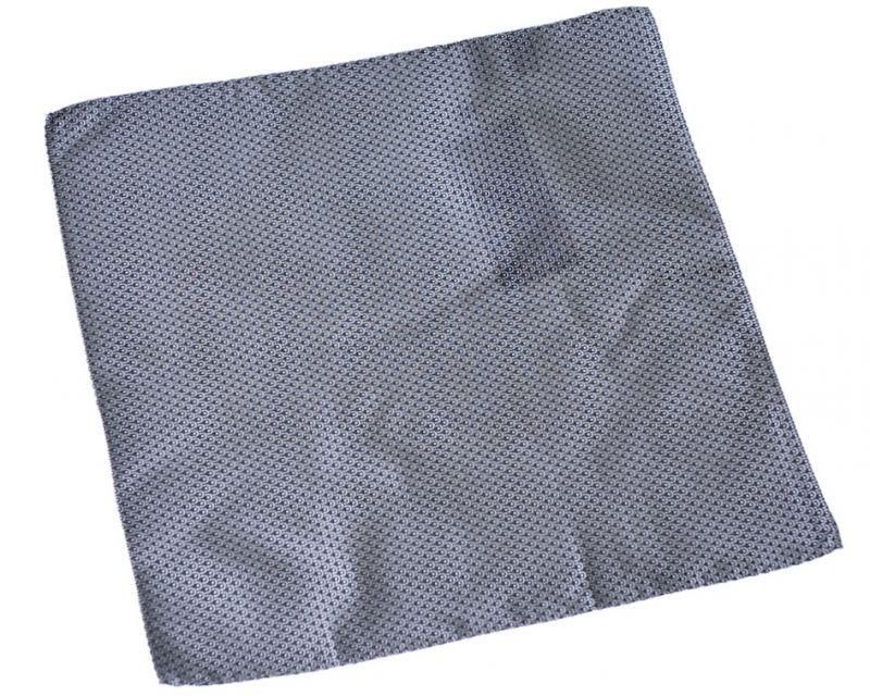画像1: ジョルジオアルマーニ黒ラベル「黒地」ポケットチーフ (1)
