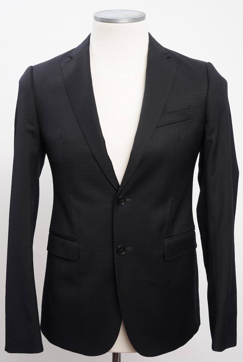画像1: アルマーニ コレツィオーニ[ARMANI]定番ブラックスーツ(60) 黒色無地 冠婚葬祭/結婚式 《《SALE》》  (1)
