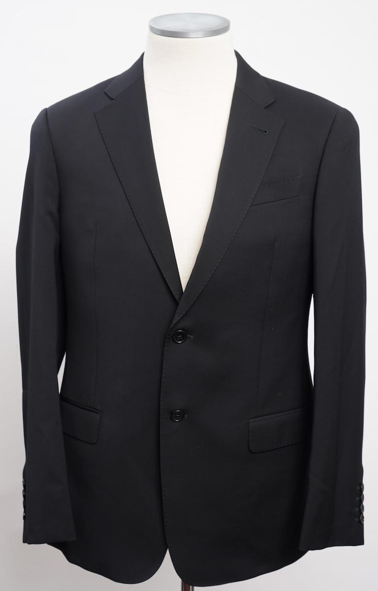 画像1: アルマーニ コレツィオーニ[ARMANI]定番ブラックスーツ(50/54/56/58) 黒色無地 冠婚葬祭/結婚式 イタリア製 (1)